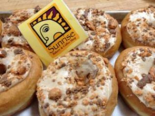 Peanut Butter & Butterfinger Donuts